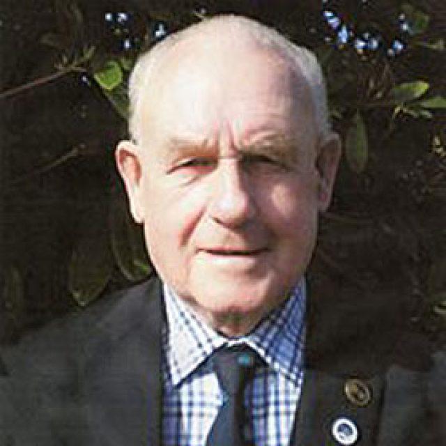 Colin Dewsnap